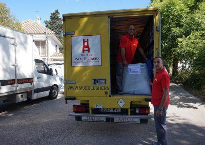 Tienda-Muebles-Sevilla-Muebles-Hermanos-Herrera-Mi-casa-es-la-tuya-bertin-osborne-NIÑA-PASTORI-01
