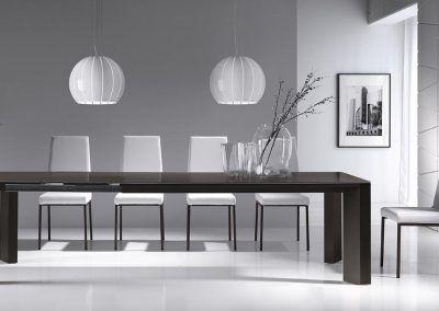 Tienda-de-muebles-en-Sevilla-Muebles-Hermanos-Herrera-comedor-metal-cristal-1577-035