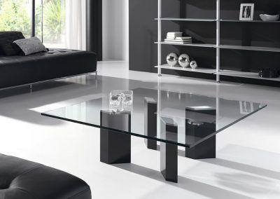 Tienda-de-muebles-en-Sevilla-Muebles-Hermanos-Herrera-comedor-metal-cristal-1577-059