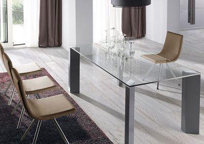 Tienda-de-muebles-en-Sevilla-Muebles-Hermanos-Herrera-comedor-metal-cristal-1577-060