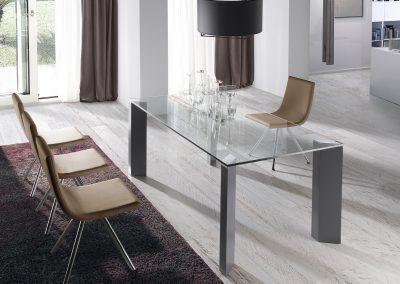 Tienda-de-muebles-en-Sevilla-Muebles-Hermanos-Herrera-comedor-metal-cristal-1577-061