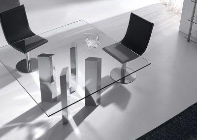 Tienda-de-muebles-en-Sevilla-Muebles-Hermanos-Herrera-comedor-metal-cristal-1577-062