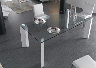 Tienda-de-muebles-en-Sevilla-Muebles-Hermanos-Herrera-comedor-metal-cristal-1577-063