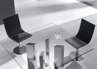 Tienda-de-muebles-en-Sevilla-Muebles-Hermanos-Herrera-comedor-metal-cristal-1577-134